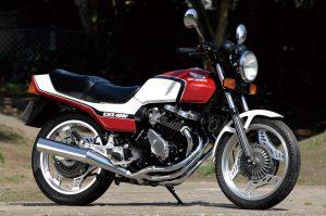 CBX400F,旧車,バイク
